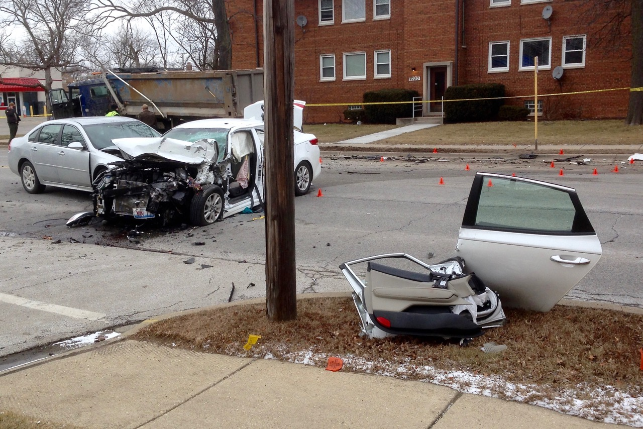 Des Plaines Woman Dies In Multi-Vehicle Accident On Touhy | Journal