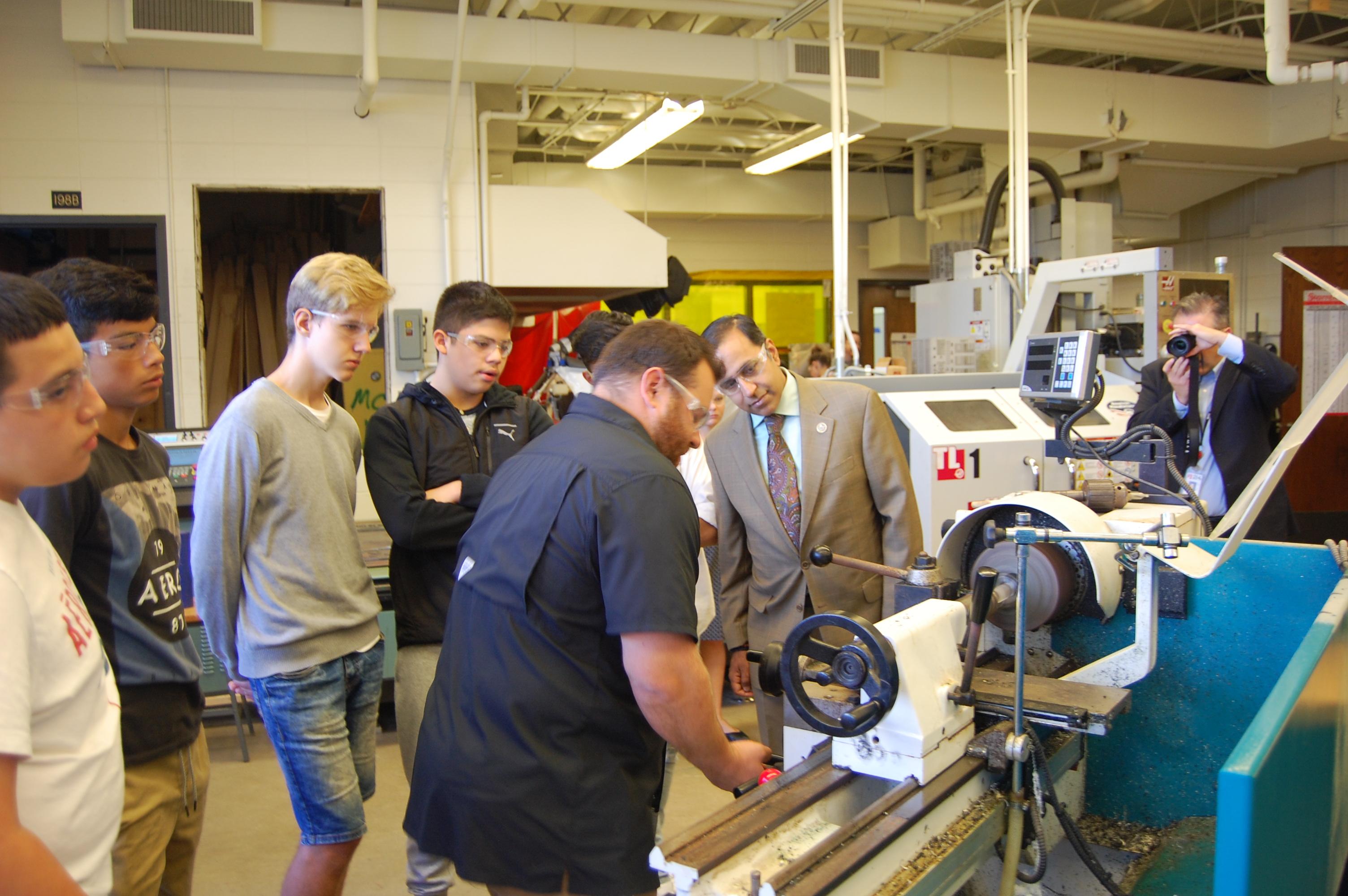 Elk Grove High School Continues Filling Skills Gap | Journal