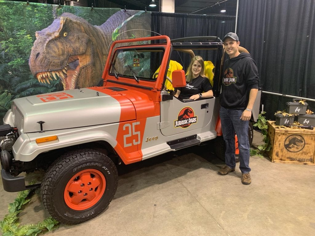 Rosemont Couple Shows Off Jurassic Park-Themed Jeep At Comic